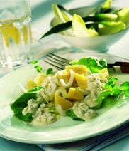 Curry-Ananas-Salat mit Orangendressing